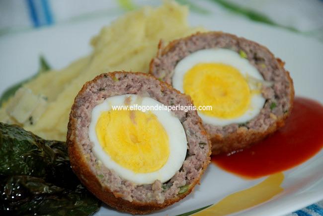 Huevos escoceses o huevos a la escocesa tradiconales