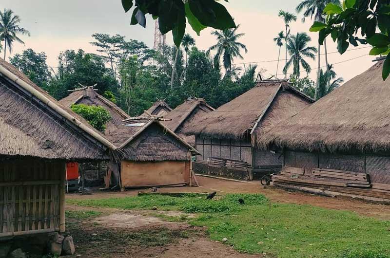 Desa Adat Senaru Lombok NTB