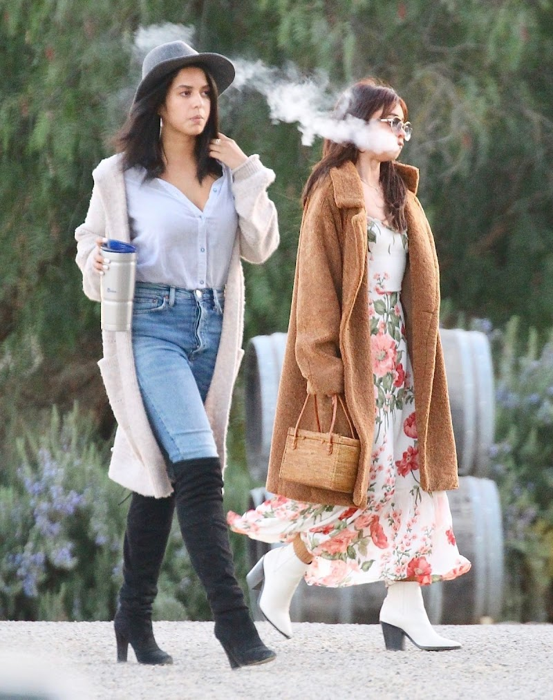 Sarah Hyland Clicks at a Private Party a Winery in Ojai 16 Feb-2020