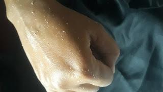 Butir kotoran terangkat berkat-  serum- peutih-badan-exfolliating body gel aybe