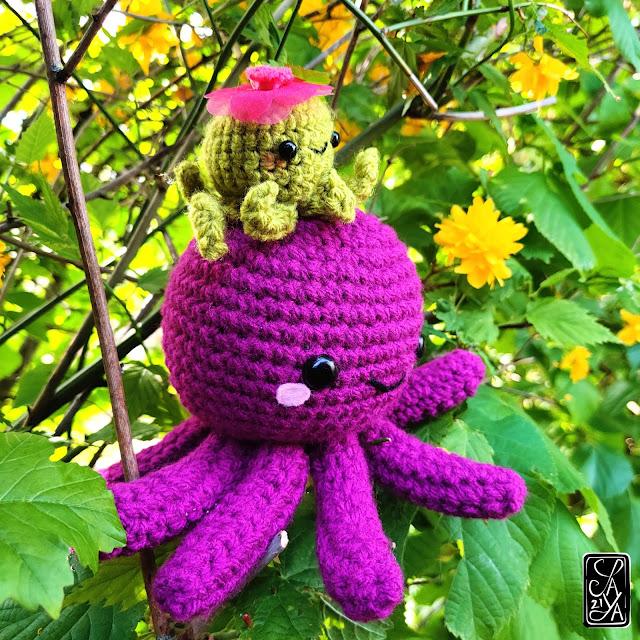 Poulpe violet - Amigurumi peluche pieuvre - Unique piece - crochet plush octopus purple cute mignon kawaii Saya's Art