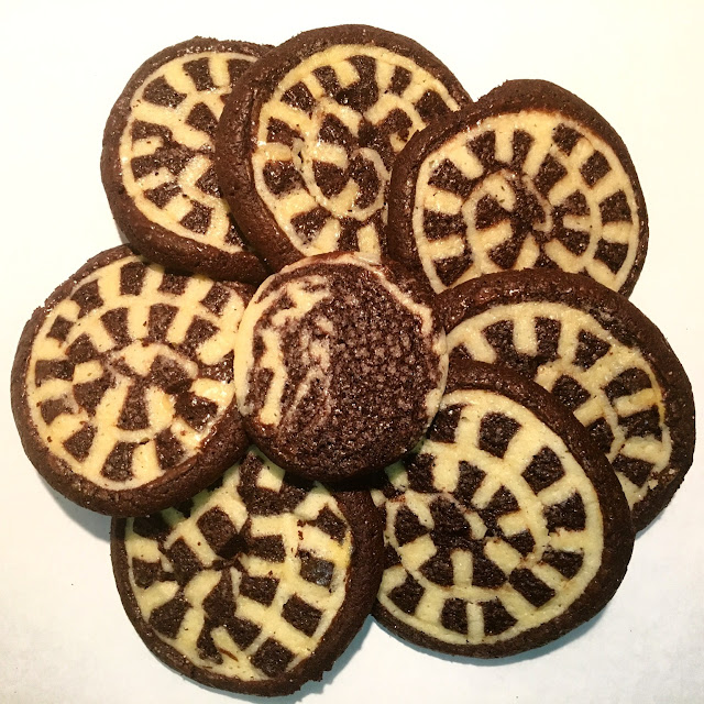 Flower of Vanilla & Chocolate Checkerboard Swirl Shortbread Cookies