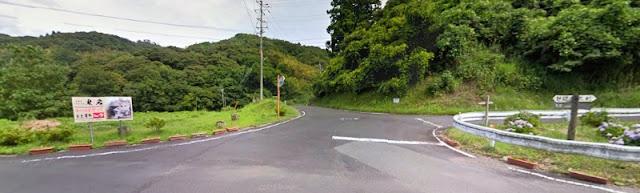 人文研究見聞録:鬼村の鬼岩 [島根県]
