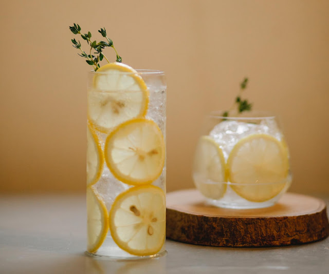 Ginger-and-lemon-detox-water-for-weight-loss