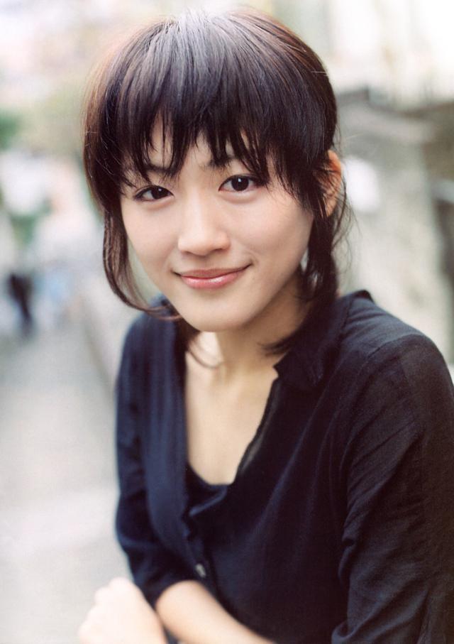 Haruka Ayase / 綾瀬はるか (あやせ はるか) - Aktris Jepang