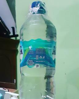 ciu dalam kemasan botol plastik