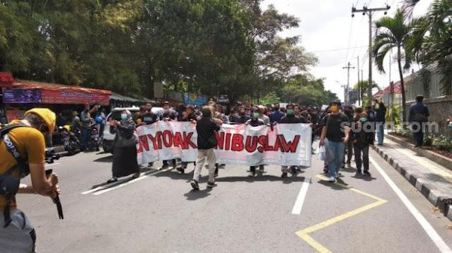 Demonstran Yogyakarta: Kami Nyatakan Perang