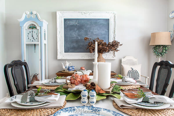 dining room with copper and blue