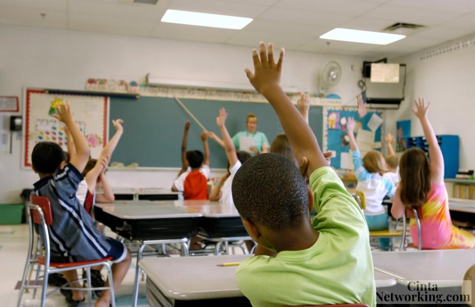 Persamaan, Perbedaan, Fungsi Pengelolaan Peserta Didik Dan Pengelolaan Kelas - Cintanetworking.com