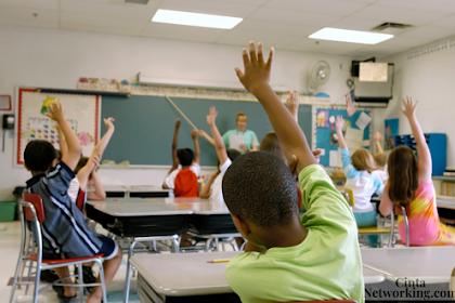 Persamaan, Perbedaan, Fungsi Pengelolaan Peserta Didik Dan Pengelolaan Kelas