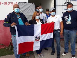 Grey Pérez celebra su aniversario realizando obras sociales en su provincia