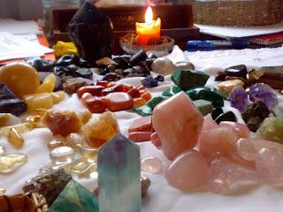 Ritual para Atraer a la Persona Amada con Inciensos y Piedras