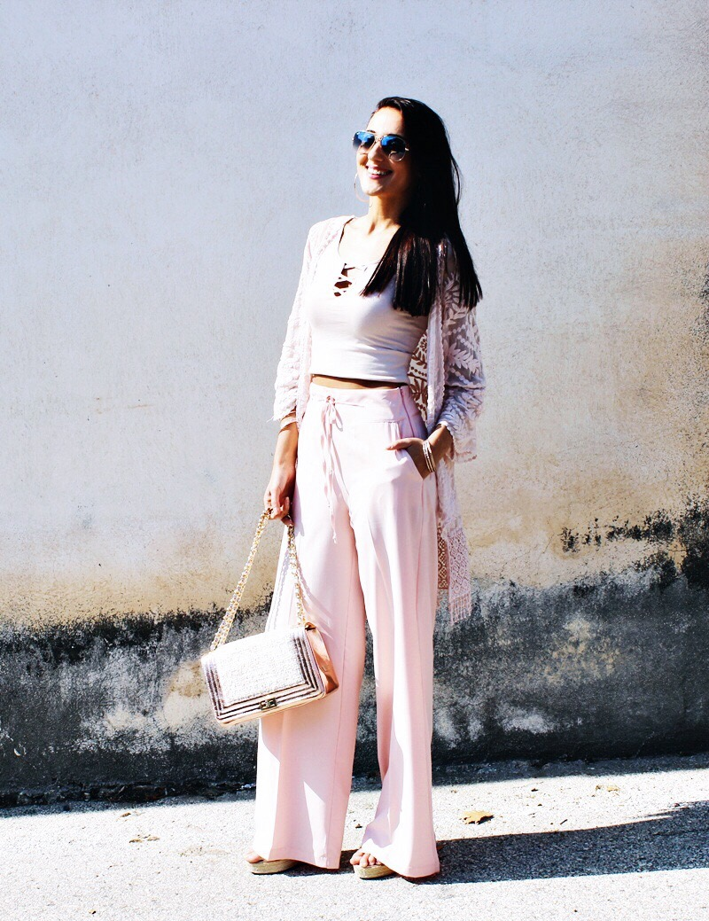 pretty total pastel pink spring summer fashion outfits and looks with rose gold details