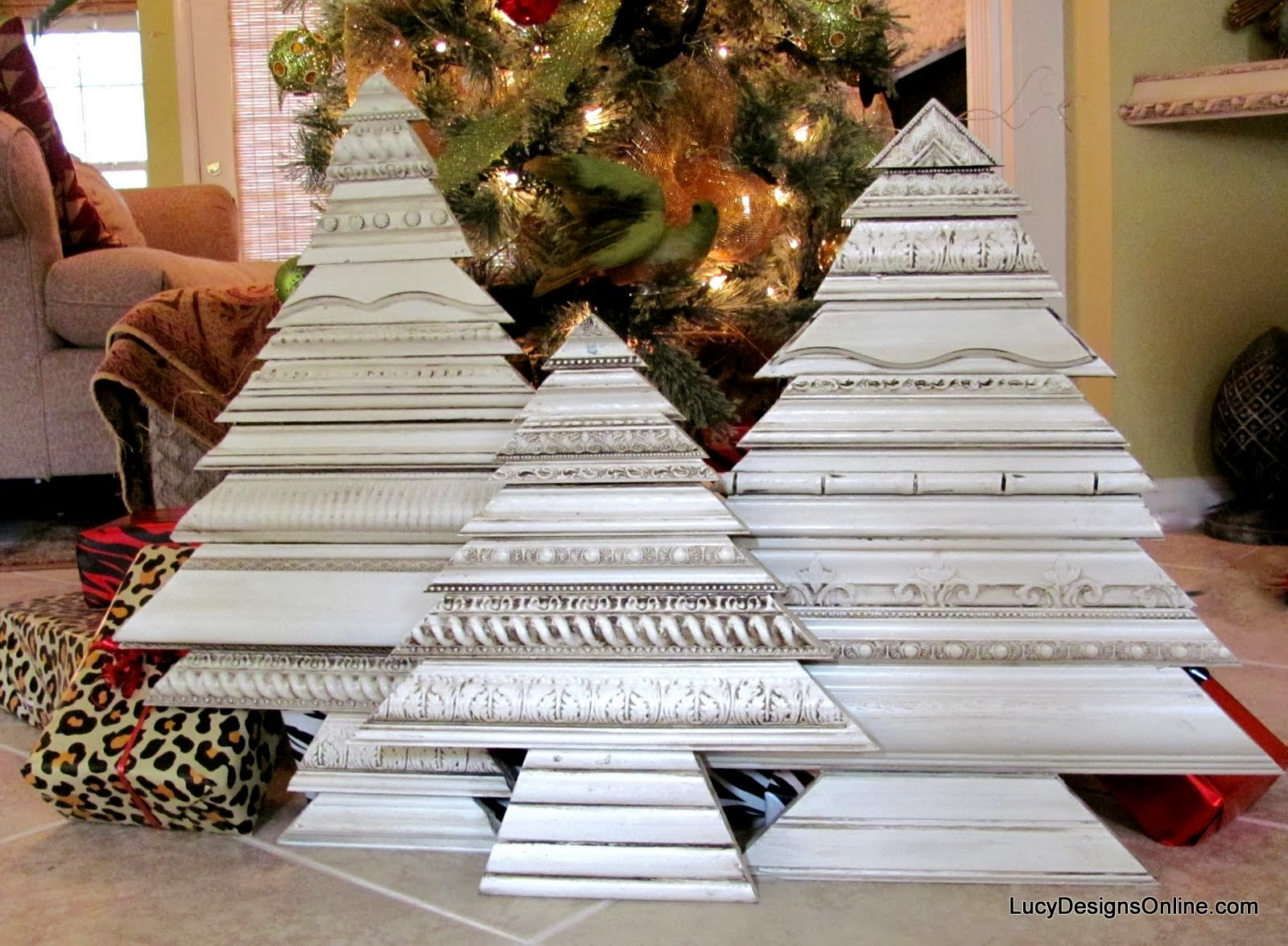 Christmas Trees Using Picture Frame Molding Scraps