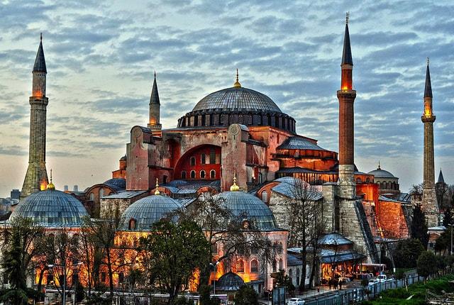 منظعر عام لمسجد ايا صوفيا