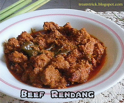 Beef Rendang Recipe @ treatntrick.blogspot.com