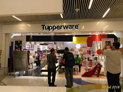 Pengalamanku berkunjung ke showroom tupperware