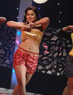 Priya Asmitha Item girl from movie Kekran Mekran Movie Spicy Pics 10.jpg