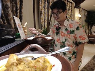 Kuliner Padang di Dapur Pelangi di Hotel Ambhara