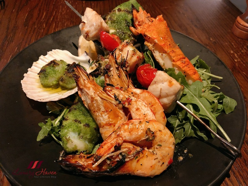 crown melbourne 400 gradi review mixed grilled seafood