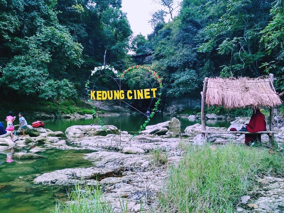 Tiket Masuk Dan Lokasi Kedung Cinet Plandaan Jombang - Wisatainfo