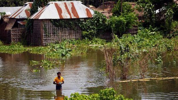 Ini Dilakukan Warga Thailand Saat Siap-siap Hadapi Banjir