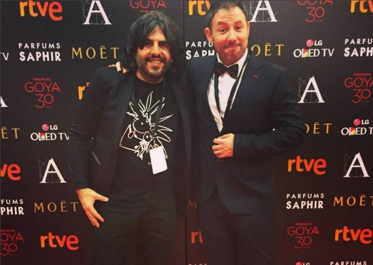 JJ Vaquero con su camiseta ecológica de Bichobichejo en la gala de los Premios Goya 2016