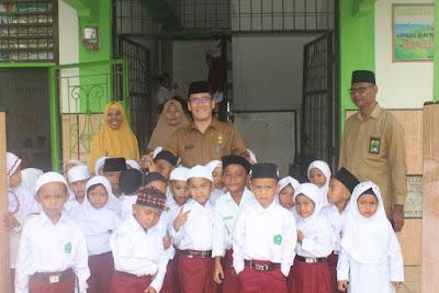 Hari Pertama Masuk Sekolah, Kakankemenag Tanjungbalai Langsung Monitoring