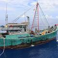 Kapal Pencuri Ikan Asal Vietnam  Ditangkap, 2 Ton Ikan Segar Diamankan