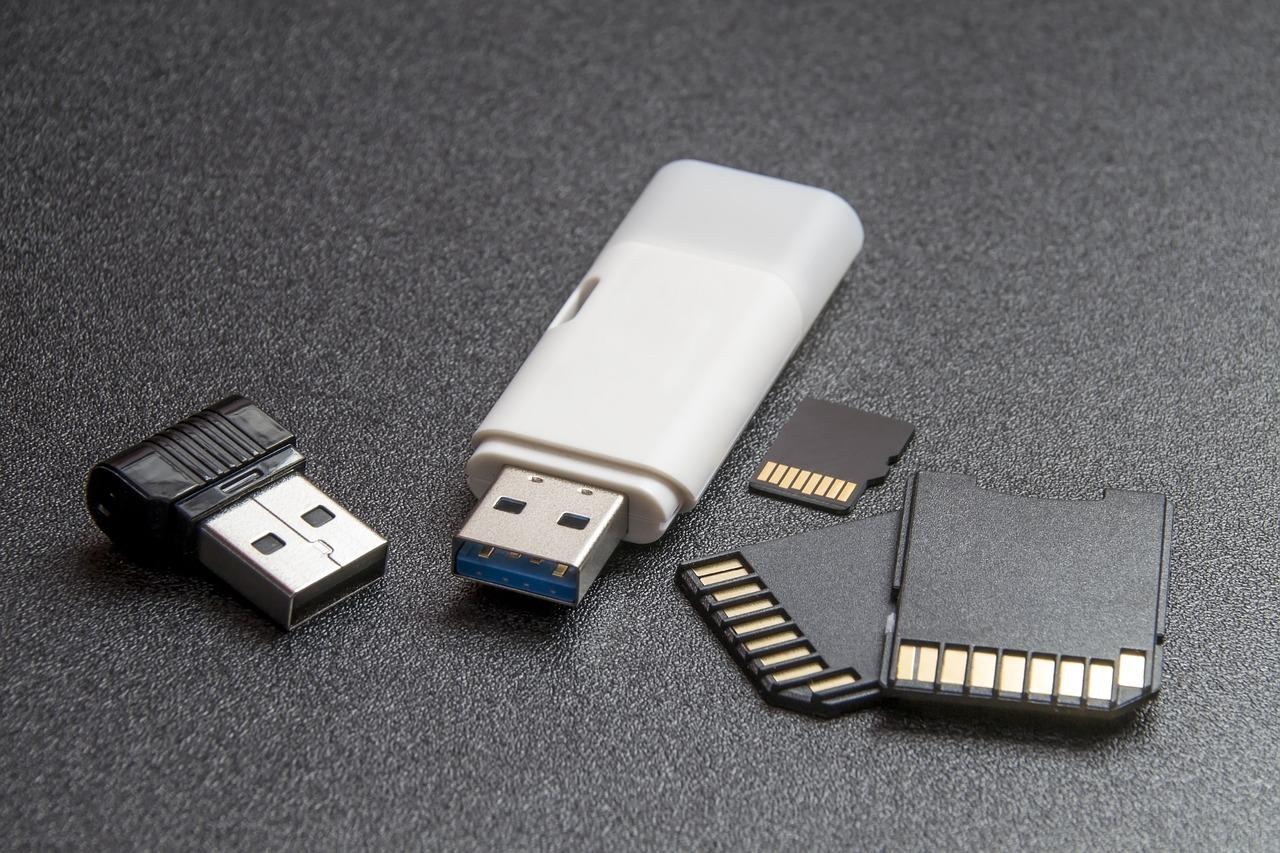 Cara Menjadikan iPhone Sebagai Flashdisk / Drive Untuk Transfer