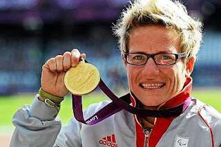 Unos 10.000 atletas compiten en todas las disciplinas habilitadas en esta edición por el COI, mientras que poco más de 4.500 atletas con condiciones físicas especiales buscarán las preseas de oro, plata y bronce en los Paralímpicos en setiembre de este año. Marieke sueña con agregar un oro a su repisa donde ya cuenta con una de oro y dos de plata de Londres 2012, además de su trofeo de primer puesto en el Mundial de atletismo especial en Doha, Catar, en 2015. En esta última participación rompió récords en 400, 800, 1.500 y 5.000 metros.