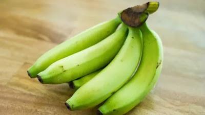 Jangan tanya rasanya! Manfaat makan pisang mentah mungkin mengejutkan Anda