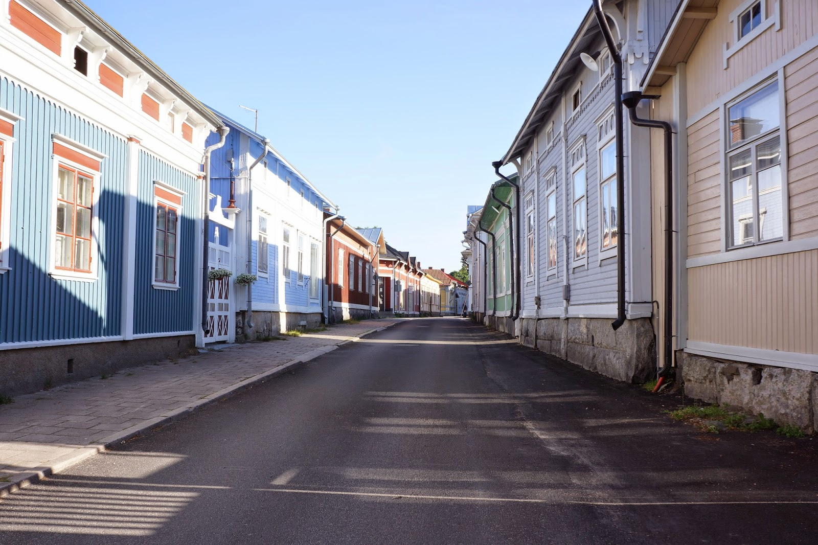 pastel coloured buildings in old rauma