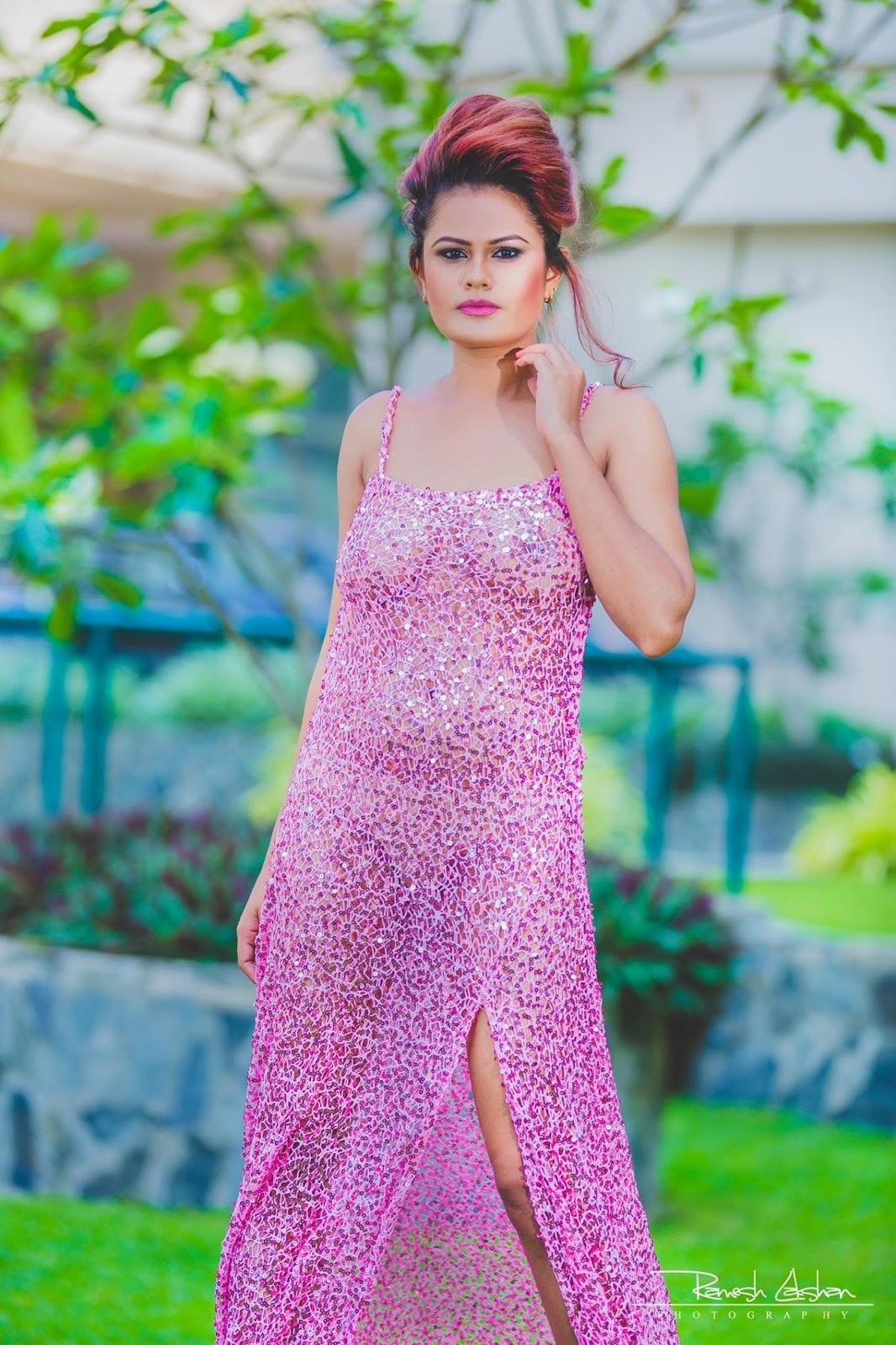 TamilCineStuff | : Upeksha Swarnamali hot and seductive photos Hot Girls are one of the most