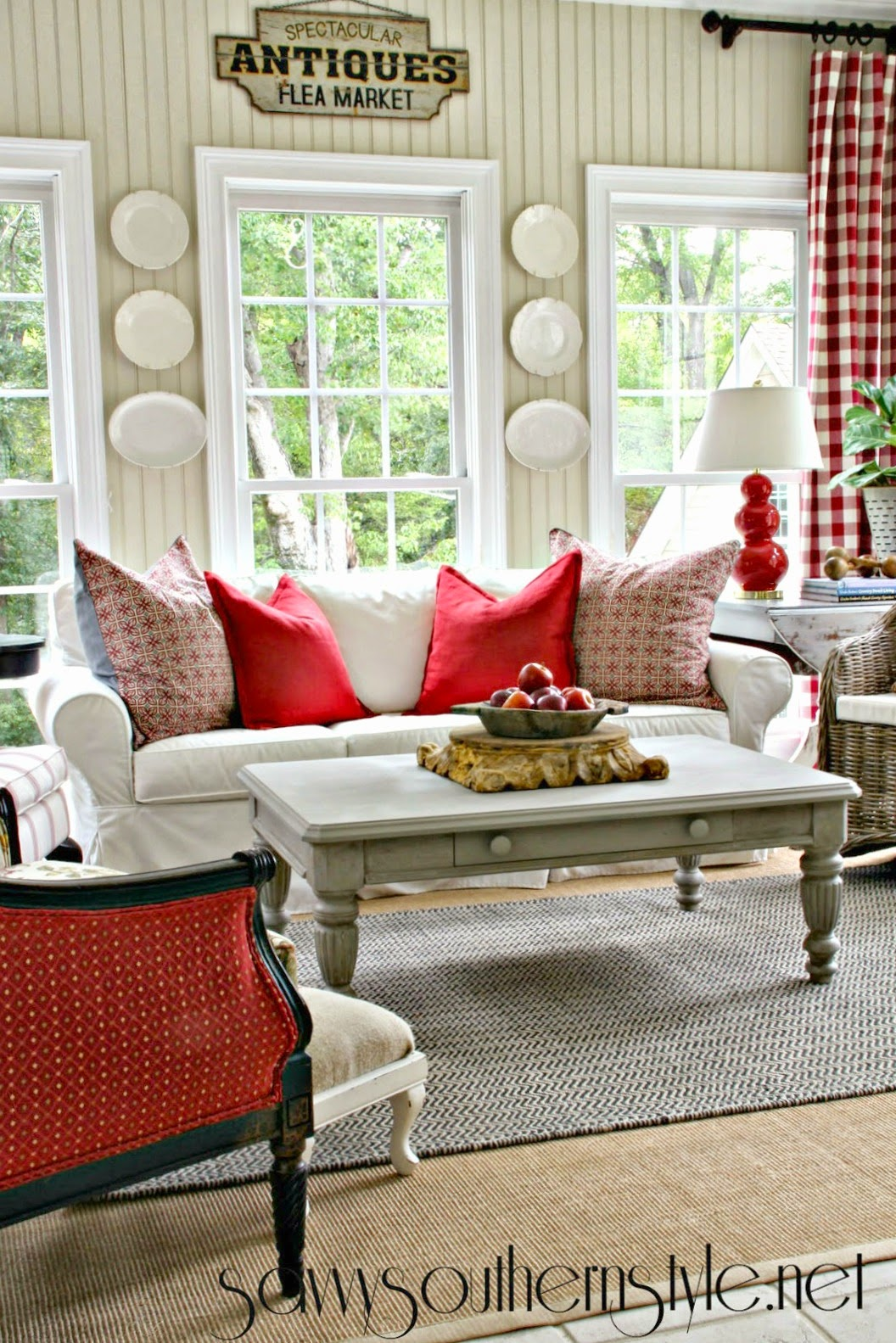 Savvy southern style evolution of the sunroom - Decorating living room country style ...