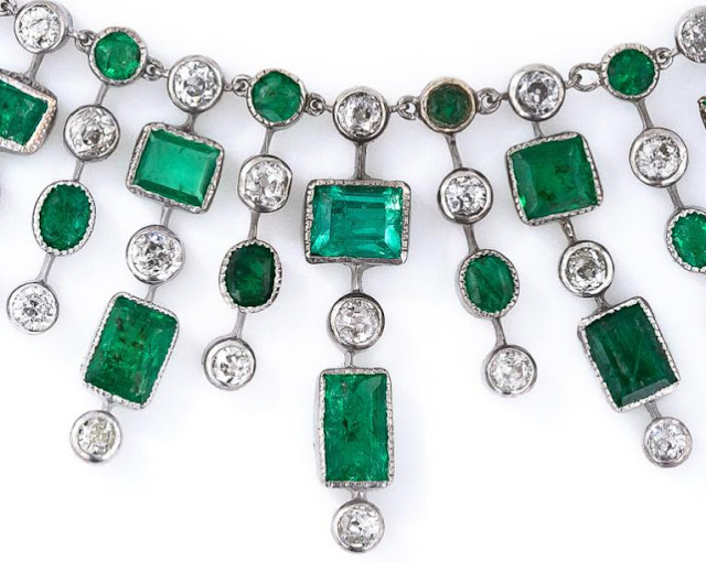 Fringe detail; Art Deco emerald and diamond fringe necklace.