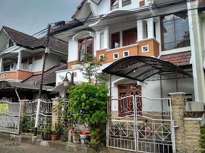 Jual Rumah 2 Lantai Dalam Perumahan Di Jalan Kaliurang KM 7 Jogja Utara