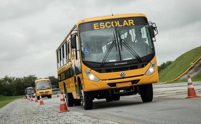VWCO conclui entrega de 700 ônibus para transporte de estudantes em São Paulo