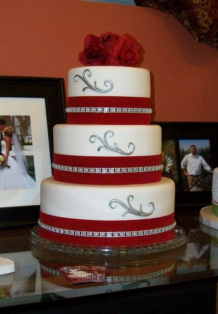 Red velvet wedding cakes pinterest cake magazine red velvet wedding cake decoration ideas with red flower junglespirit Choice Image