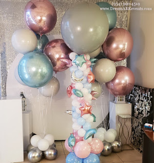 Gender reveal party decoration ideas, big confetti balloon (pink or blue), pink & blue balloon column, Orbz helium balloons