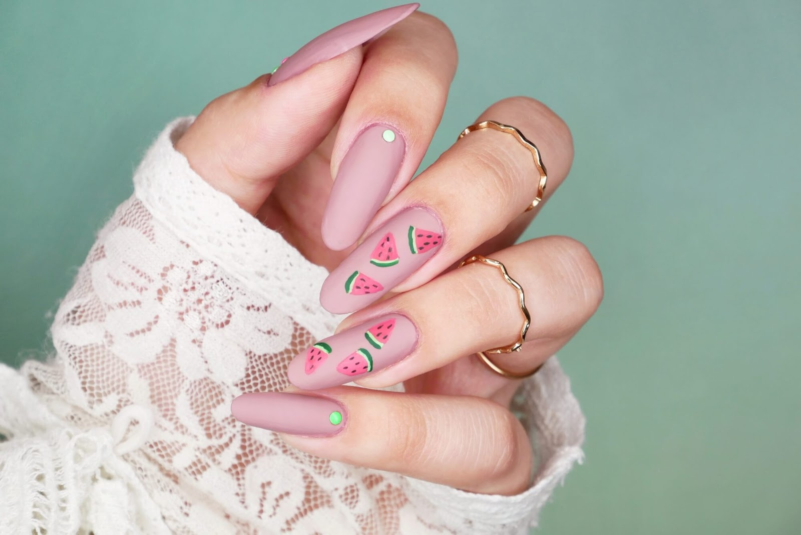 Arbuz na paznokciach - dwie propozycje wzorów