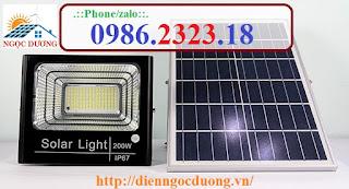 Đèn led pha năng lượng mặt trời 200w, đèn chiếu sáng nlmt