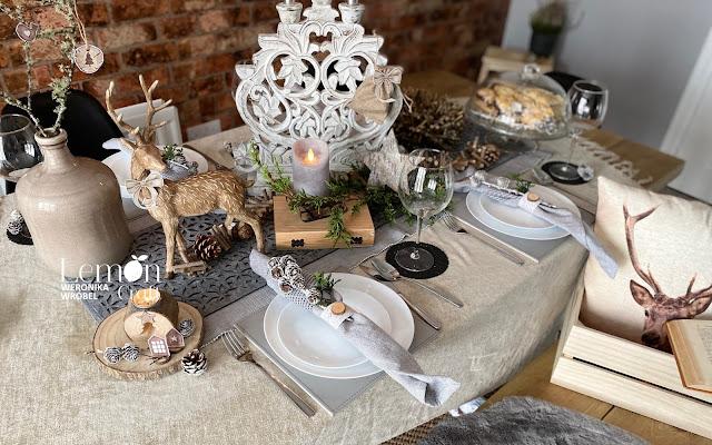 Jak udekorować stół na Boże Narodzenie? Aranżacje świątecznego stołu - sprawdź, co jest modne!
