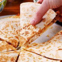 Copycat Taco Bell Quesadilla #recipes #dinnerrecipes #dinnerideas #easydinnerideas #easydinnerideasfor4 #food #foodporn #healthy #yummy #instafood #foodie #delicious #dinner #breakfast #dessert #yum #lunch #vegan #cake #eatclean #homemade #diet #healthyfood #cleaneating #foodstagram
