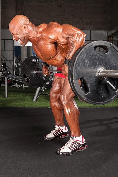 تمارين عضلات الظهر للمبتدئين تدريب تعريض بالبار