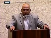 Larangan Adzan Akan Disahkan, Pria Palestina ini Malah Nekat Kumandangkan Adzan di Gedung Parlemen Israel