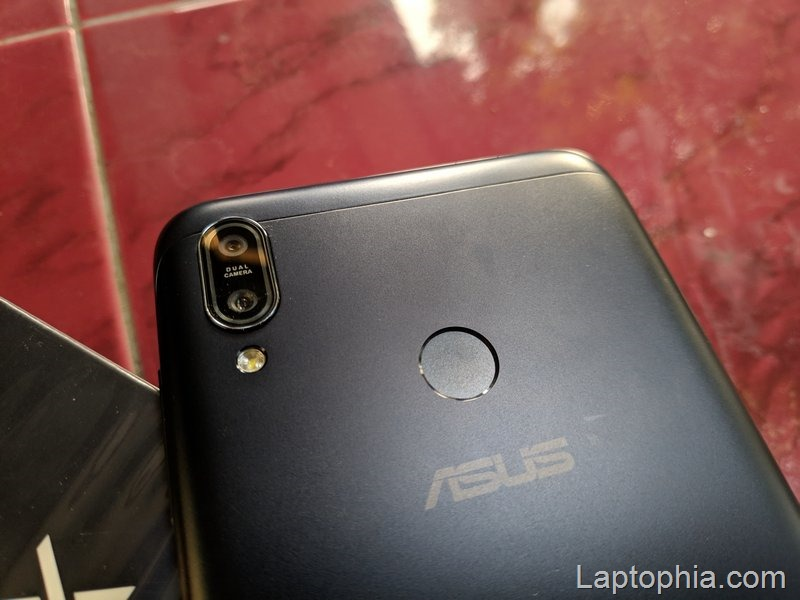 Desain Asus Zenfone Max M2 ZB633KL