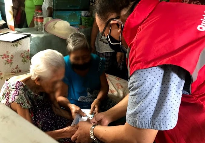 7,322 centenarians recieved P100,000 cash award each for reaching 100-years old