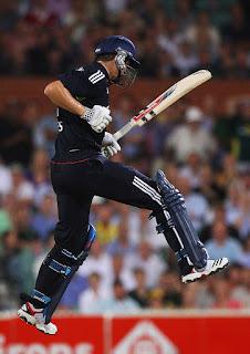Shane Watson 4-15 - Australia vs England 1st T20I 2011 Highlights