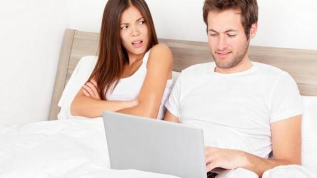 Hal Ini Wajib Istri Waspadai 8 Tanda Suamimu Membayangkan Wanita Lain Difikirannya